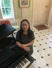 Ting teaches Piano lessons in Southall
