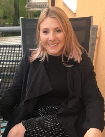 Ella is a Biology tutor in Worcester Park