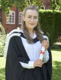 Madeleine is a private Oxbridge Admissions  tutor in Sutton