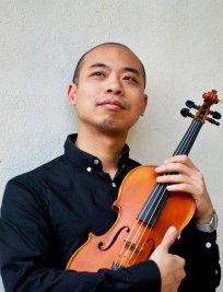 Andy teaches Violin lessons in Colindale