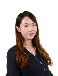 Samantha is a private English tutor in Bracknell