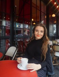 Chloe offers French lessons in Clifton (Nottingham)