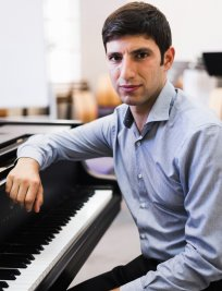 Tigran teaches Piano lessons in West Norwood