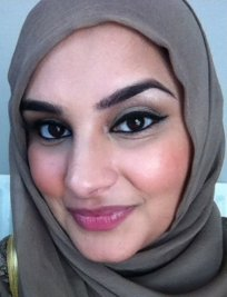 Bushra is an English Language tutor in Cumbernauld