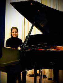 Garshika is a private Popular Instruments tutor in Harpenden