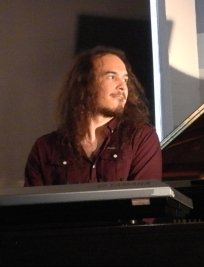Lef offers Piano lessons in Leeds