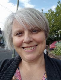 Hazel is a private Basic IT Skills tutor in Dunstable