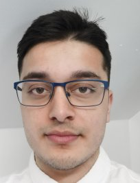 Hasnain is an Advanced Maths tutor in Oldham