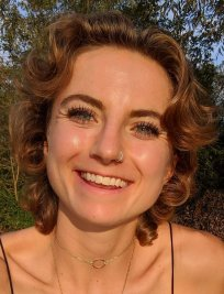 Lucy is a private Physics tutor in East Grinstead