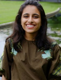 Fariha is a private Physics tutor in Romsey