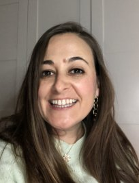Rosa María is a Spanish tutor in Bowes Park