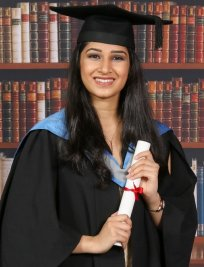 Anahita is a private Biology tutor in Sandwell