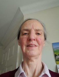 Elisabeth is a private Politics tutor in Hythe