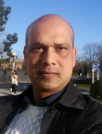 Azad is a private Physics tutor in Chelmsford