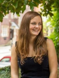 Isabella is a Latin tutor in Radlett