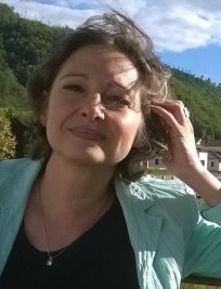 Anna offers Italian lessons in Surrey Greater London