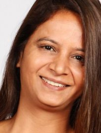 Poonam offers General Admissions tuition in Torquay