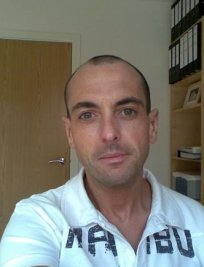 Lee is an IELTS tutor in Hemel Hempstead