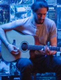 Luca offers Guitar lessons in South West London