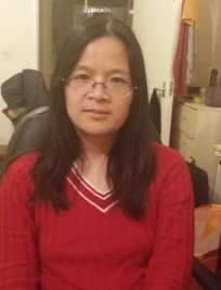 weihong is a private tutor in Yateley