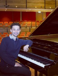 Samuel offers Piano lessons in West Kingsdown