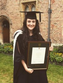 Abigail is an University Advice tutor in Berkshire