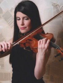Roberta offers Violin lessons in Central London