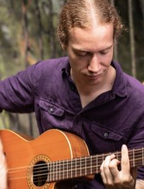 Rory is a private Popular Instruments tutor in Surrey