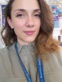 Maria is a French tutor in Leicester