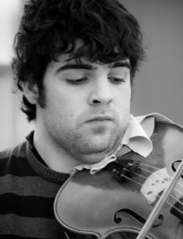Jordi offers Violin lessons in Central London