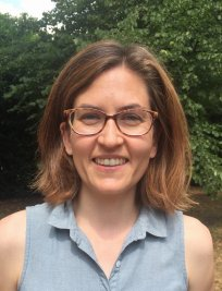 Alaydis is a French tutor in West London