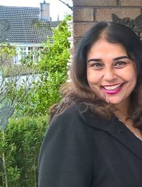 Shampa is an English tutor in Hodge Hill