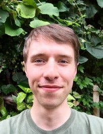 Jordan is a private tutor in Mortlake