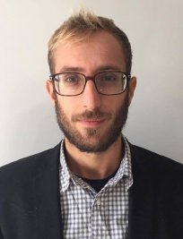 Lorenzo is an Italian tutor in Bromley