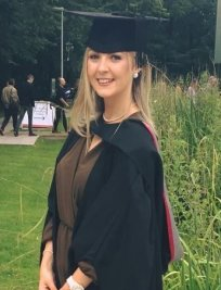 Holly is a private University Advice tutor in South West London