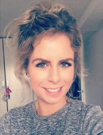 Lily is a Spanish tutor in Castle Bromwich