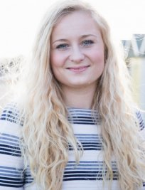 Ellie is a Music tutor in Hampshire