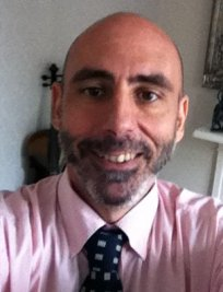 Keon is an Italian tutor in Walthamstow Village