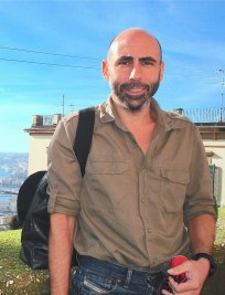 Keon is an Italian tutor in Godalming