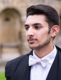 Abbas is a private Physics tutor in Kings Langley