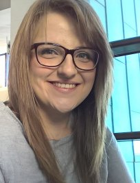 Robyn is a French tutor in Tamworth