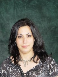 Julie is a Spanish tutor in Middlesex