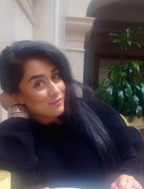 Iqra is an English tutor in Colliers Wood