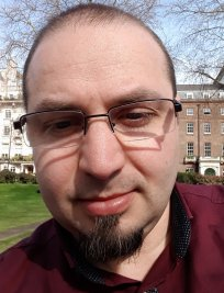 Radu teaches Creative Writing lessons in Walthamstow