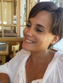 Raquel is a Spanish tutor in Middlesex