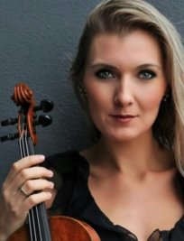 Rasa offers Violin lessons