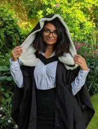 Sneha offers English tuition in Vauxhall