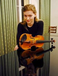 Paula is a private Popular Instruments tutor in New Cross