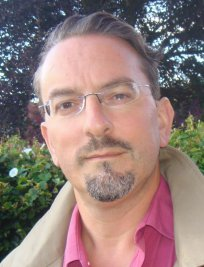 Richard is an ICT tutor in Bracknell