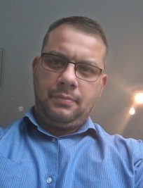 Jorge is a private tutor in Aldershot